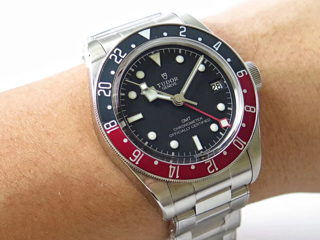 Replica Tudor GMT Watch Wrist Shot